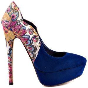 2 Lips Too heels 🦚